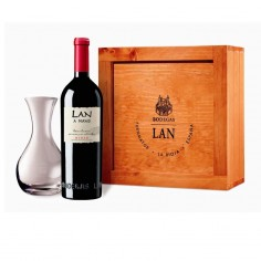 2 bottles ofLAN a Mano + Decanter on a wooden case