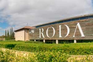 Edificio de las Bodegas Roda en Haro