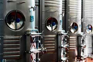 Depósitos de vino de Bodegas Arrayan