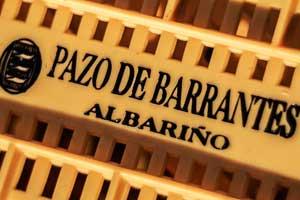 Detalle de caja para vendimia en Pazo Barrantes